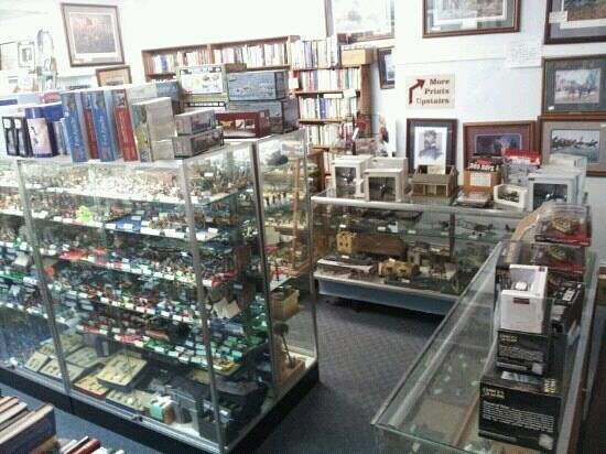 The Antique Center of Gettysburg: the back of the shop