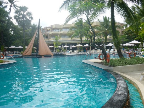 Holiday Inn Resort Phuket:                   1 of the other AMAZING Pools!