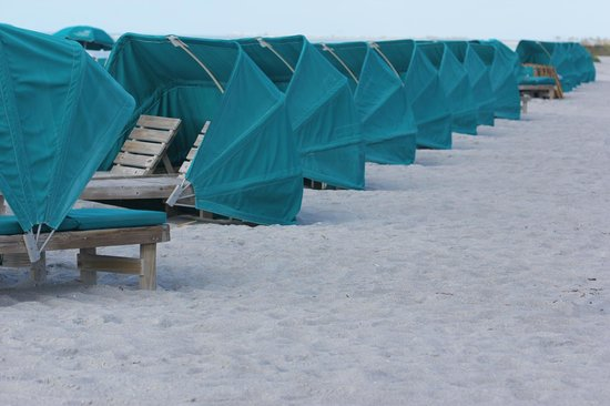 'Tween Waters Island Resort & Spa:                   chaises- for an extra fee- on the Gulf