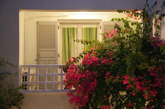 Atrium Villa: INSIDE ATRIUM