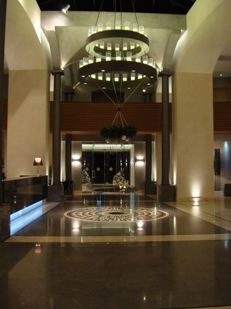 Cavo Olympo Luxury Hotel & Spa - Adult Only:                   lobby