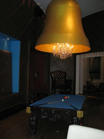 The Saint Hotel, Autograph Collection:                   Lobby Pool table