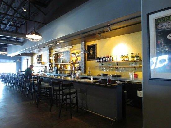 Ethos Vegan Kitchen: Inside - Bar area