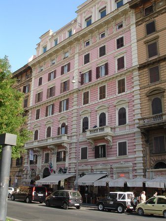 A View of Rome : B&B Building
