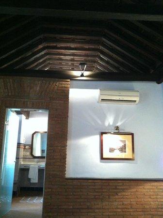 Casa Palacio Pilar del Toro Hotel: Habitación doble superior. Detalle del techo