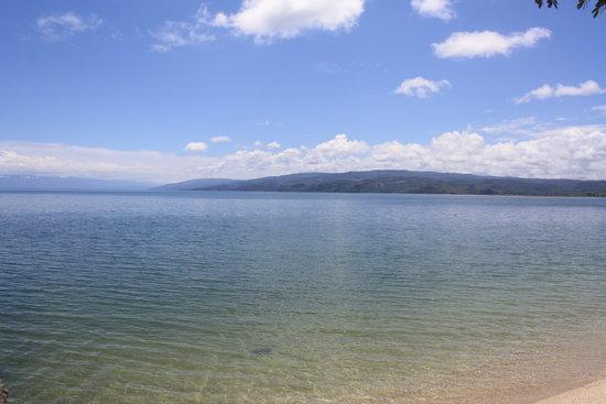 Danau Poso : View Poso Lake
