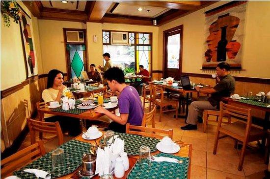 Pinoy Star Cafe, Kabayan Hotel Cubao