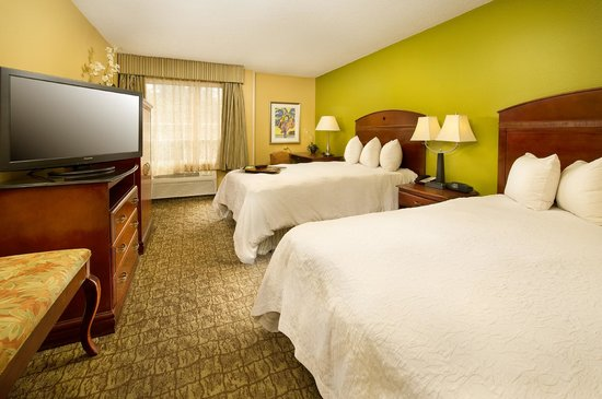 Hampton Inn & Suites Ft. Lauderdale Airport/South Cruise Port: 2 Double Beds Room Hampton Inn Ft. Lauderdale Airport/Hollywood