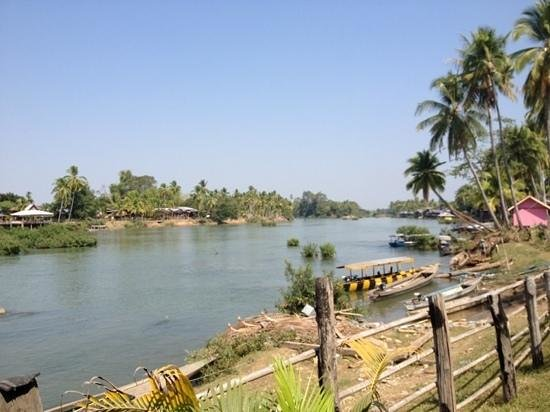 Pan's Guest House: Nice river view