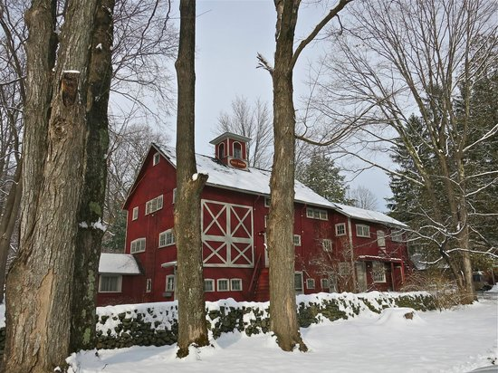 Race Brook Lodge: Majestic exterior of the main barn.