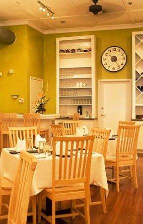 Paramount Grill : New dining room
