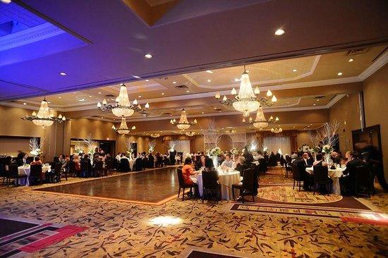 Hockley Valley Resort: Wedding set up at Montclair ballroom