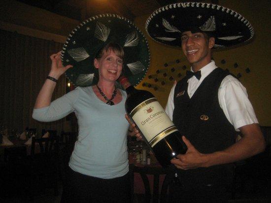 Grand Palladium Punta Cana Resort & Spa: Mariachi Restaurant - Fun!