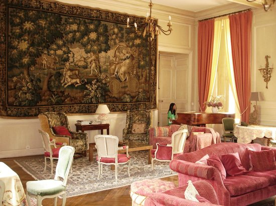 Chateau D'Etoges: I guess this is the main dining room