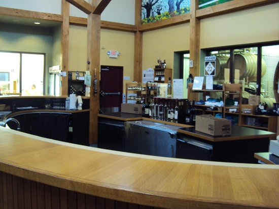 Black Star Farms: Tasting area