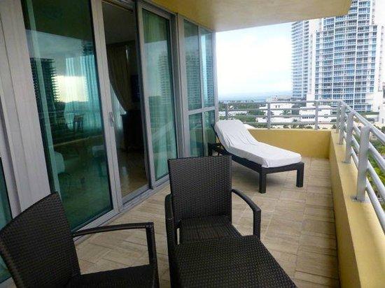 Hilton Bentley Miami/South Beach: Balcony