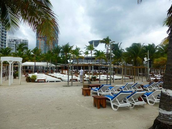 Hilton Bentley Miami/South Beach: beaches and play areas