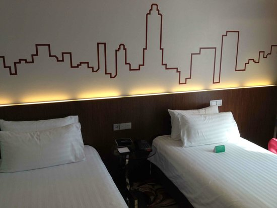 Galleria 10 Hotel Bangkok by Compass Hospitality : available for doubles too