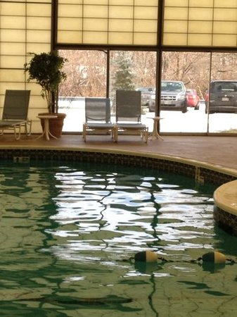 BEST WESTERN PLUS New Englander: Indoor Heated Pool