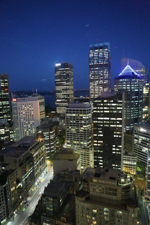 Amora Hotel Jamison Sydney:                   Night view is spectacular