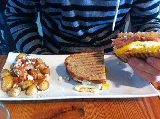 The Curious Palate: Breaky! Yum