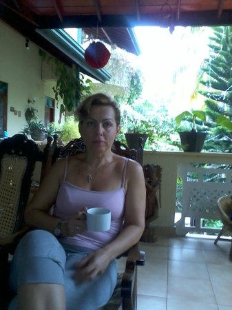 Palm Grove:                   на веранда