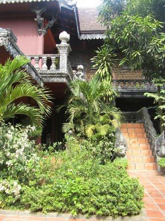أنغكور سبيريت بالاس:                   angkor spirit palace                 