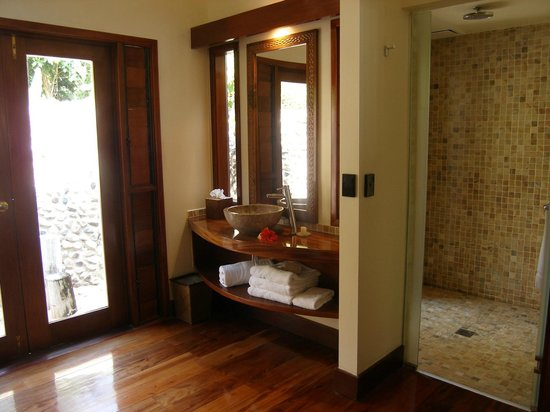 Likuliku Lagoon Resort:                   Western side of bathroom. There is another identical basin on other side.