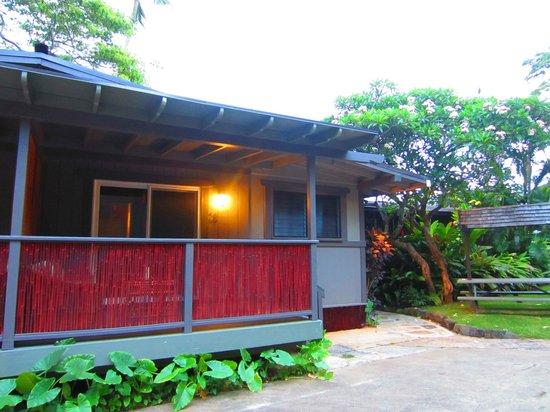 Paradise Bay Resort Hawaii:                   room 28