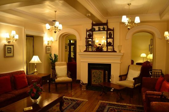 The Elgin, Darjeeling:                   Lounge
