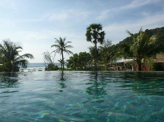 Centara Grand Beach Resort Phuket:                   Adult Pool