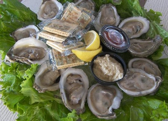 The Cottage Bar and Gulfshore Grill: Oysters