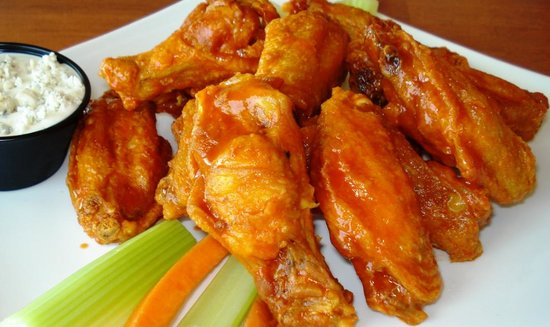 The Cottage Bar and Gulfshore Grill: Wings