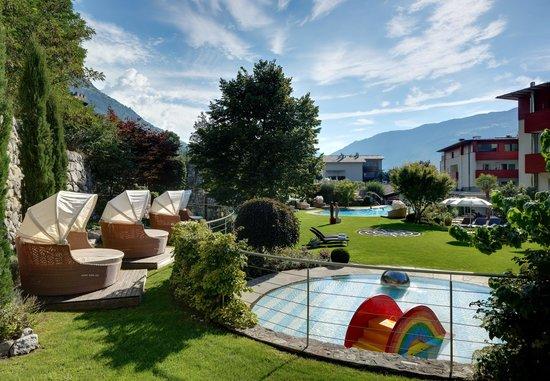 Style & Spa Resort Lindenhof : Kuschel Zone im Garten