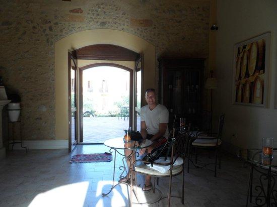 Baglio Oneto Resort and Wines: La hall del bar