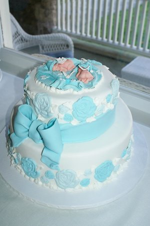 Cerrato's Pastry Shop: amazing twin baby shower cake!