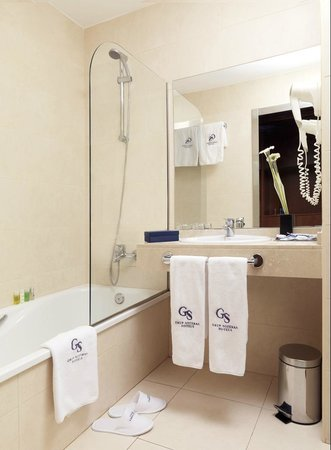 Bel Air Hotel: Standard Room`s Bathroom