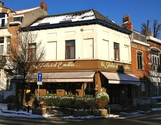 Le Jules d'Emilie: on a snowy day