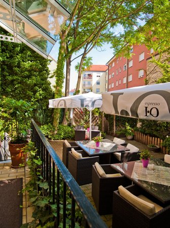 Hotel am Heideloffplatz: Garten