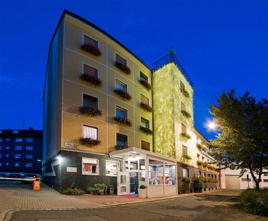 Hotel am Heideloffplatz: Aussenansicht