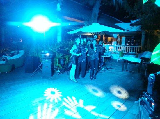 Evason Ana Mandara Nha Trang:                   Площадка, где проходила новогодняя дискотека