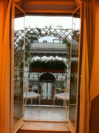 Hotel Isa: balcone
