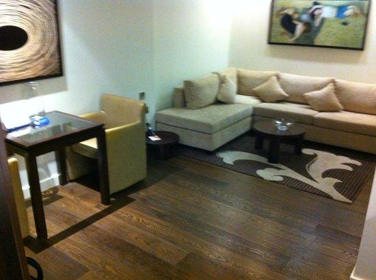 Atelier EC1 by BridgeStreet Worldwide:                   Lounge area