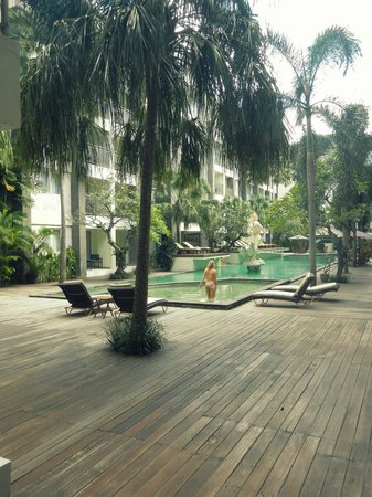 Bali Kuta Resort & Convention Center: Swimmingpool