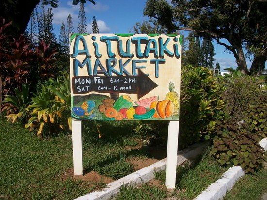 Aretai Beach Villas:                   Market day