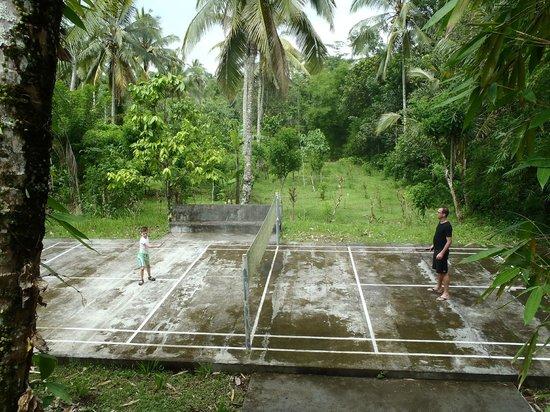 Sudanita Homestay: badminton