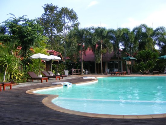 Green View Village Resort: Nice swimming pool