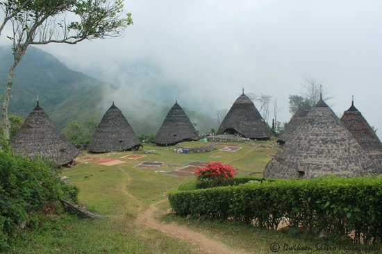 Ruteng Indonesia  City new picture : Ruteng, Indonesia: Wae Rebo Village