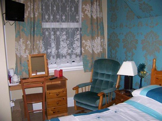 Monico Guest House: ground floor room
