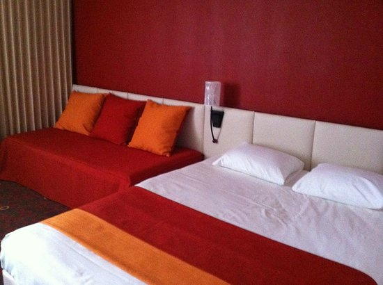 Quality Hotel Alisee Poitiers Nord: chambre
